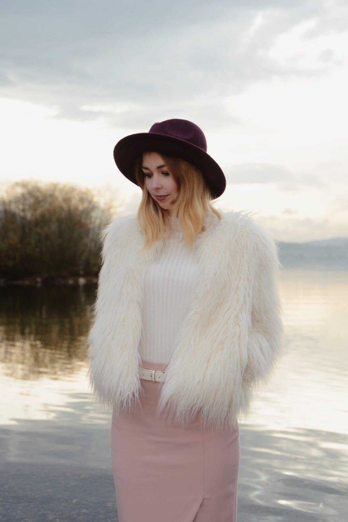 Winter Look Fake Fur